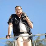 Fízlové hajzlové: Policejní kopanec diváckému očekávání